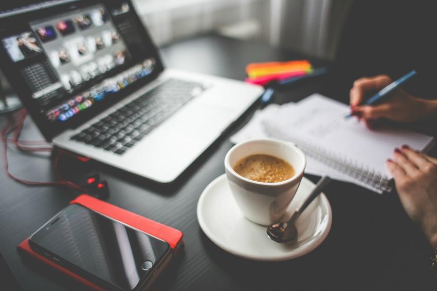Mitos y realidades de trabajar desde casa mym - Trabajar desde casa ofertas ...