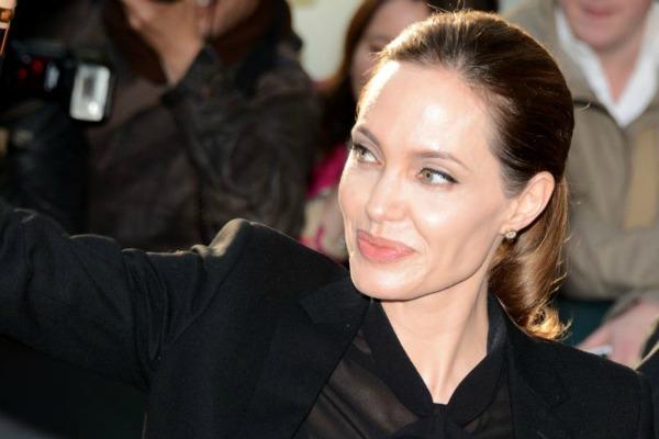 Angelina Jolie, masectomía