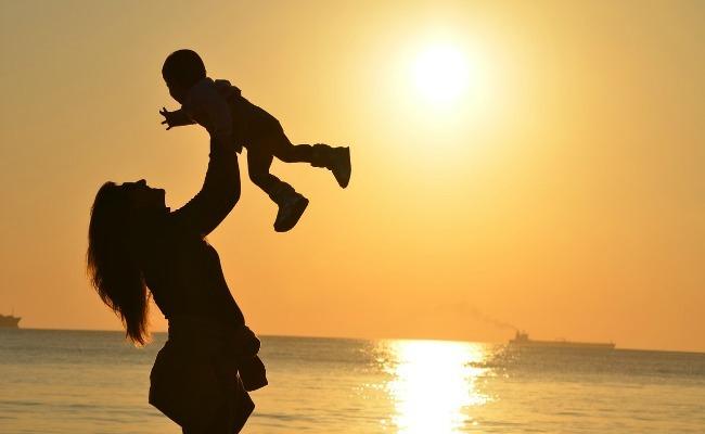 madre estigma mujer