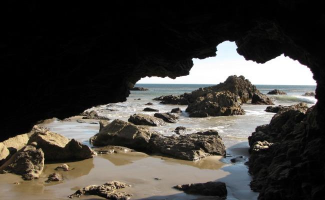 caverna sin bragas2