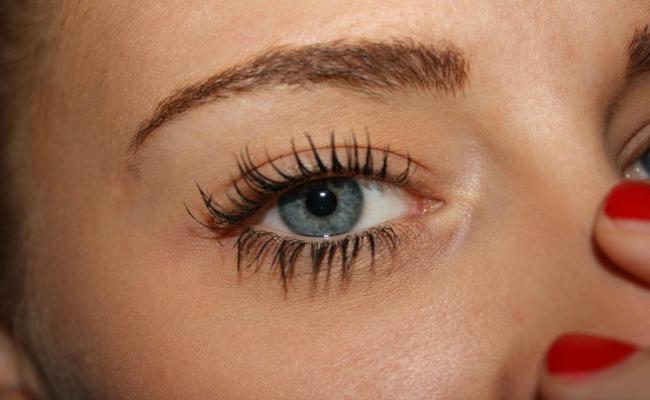 maquillaje-emergencia-ojo