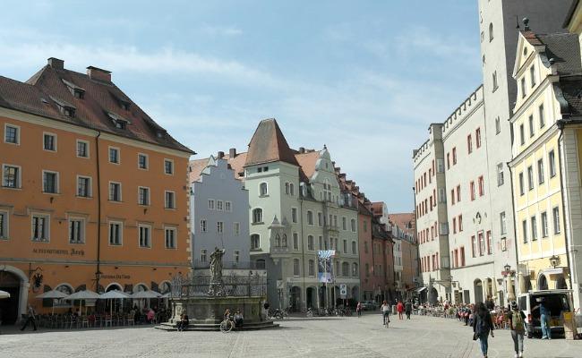 Ratisbona-Haidplatz
