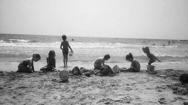 Primos en la playa